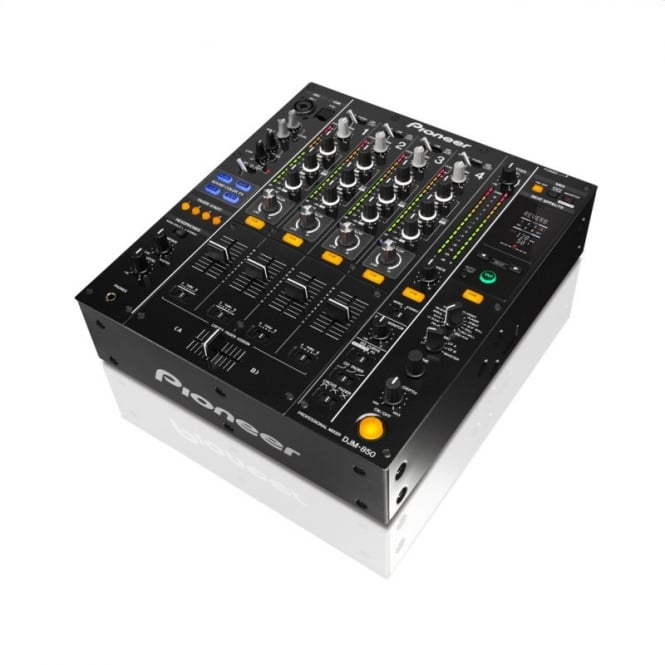 Pioneer DJ DJM 850 K four channel effects mixer with soundcard